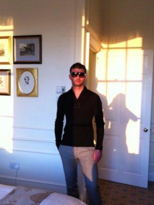 hetrosexual male escort